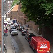 Sneglende køkørsel i Larslejsstræde fredag, hvor alle vil hjem på cirka samme tid